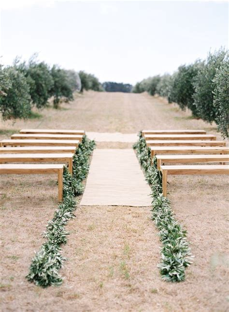 Wedding Aisle Runner Australia by 25 Best Ideas About Outdoor Wedding Aisles On