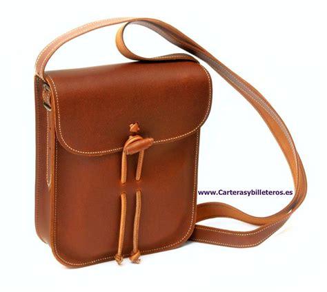 artesania cuero bolso de cuero engrasado unisex peque 209 o artesanal
