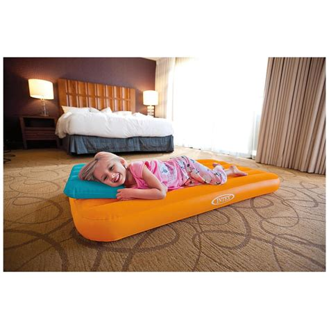intex toddler bed intex cozy kidz inflatable air beds 2 pack 665219 air
