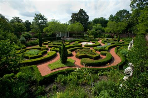 Gardens Of Bridgehton by Coastal Highway Route 17 New Bern Travelsouth Usa