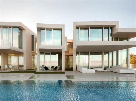 spa le patio beauvais fen 234 tres baies vitr 233 es ces maisons aux ouvertures