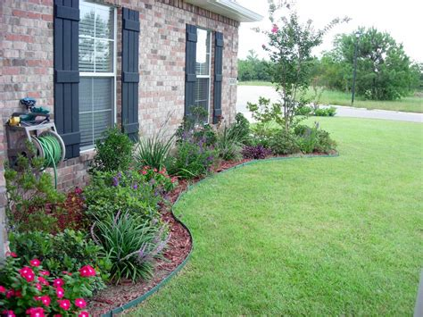Garden Design East by Landscape Flower Beds In Front Of House Use Shrubs
