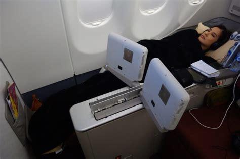 flight review garuda indonesia business class sydney to