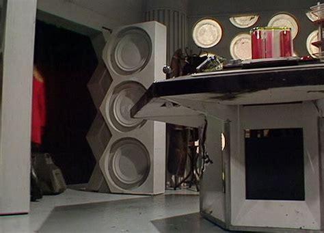 Tardis Interior Door Season Fifteen Nineteen Tardis Interior Tardis Interior And Console Rooms The Doctor Who Site