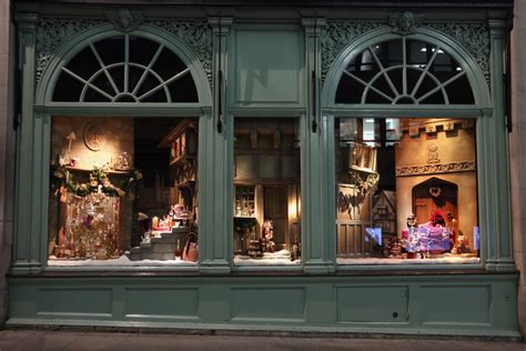 christmas window stores s department stores and their windows 73 of 80 zimbio
