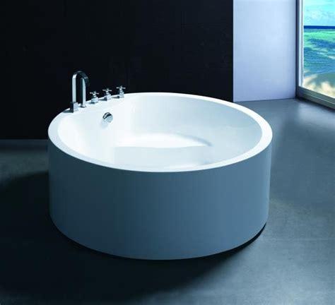 accessoires de salle de bain 2538 salle de bain baignoire ilot bari baignoire ronde