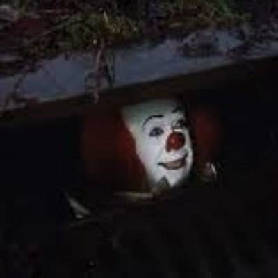 Pennywise The Clown Meme - pennywise the creepy sewer clown meme generator