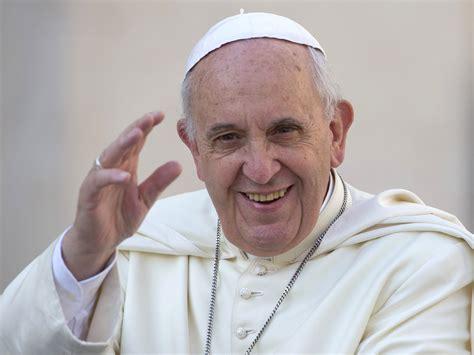 imagenes satanicas del papa dos cantantes colombianos cantar 225 n frente al papa