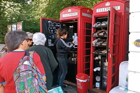 Bookcrossing Telephone Boxes Are The New Cafes by Phonebox As Cafeterias Em Cabines Telef 244 Nicas De Londres
