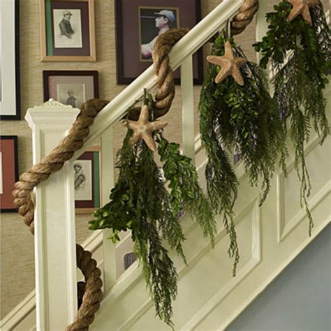 10 ways to coastal holiday decorating