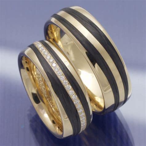 Eheringe Carbon Gold by Eheringe Shop Trauringe Apricotgold Carbon Und Brillantkranz