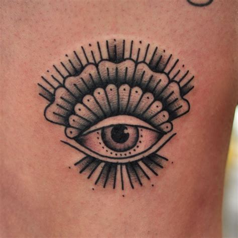 tattoo mandala melbourne top 25 best geometric mandala tattoo ideas on pinterest