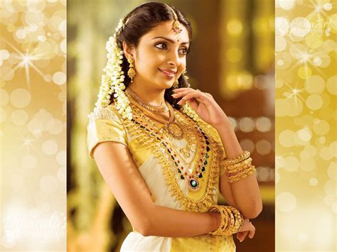 Wedding Album Designing In Singapore by The Complete Jewellery Set For A Kerala Hindu Wedding