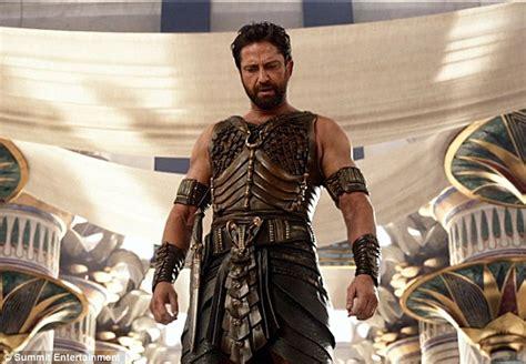 film romantis gerard butler gods of egypt director alex proyas apologises for casting