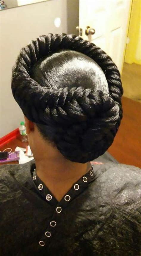 pictures of braiding hair styles for 35 year old 25 best ideas about halo braid on pinterest hair