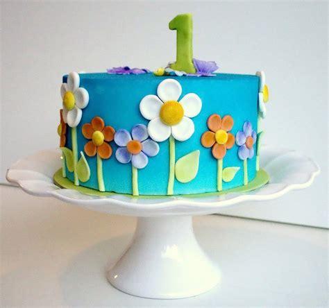violeta parra para nias 8494512722 tarta de cumpleaos infantil trendy violeta y verde cumpleaos para nias tarta tarta con temtica