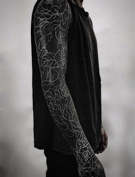 blacked out arm tattoo oli sykes blacked out arm with white details