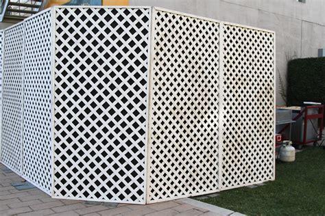 Lattice Trellis Fence Panels Crowd