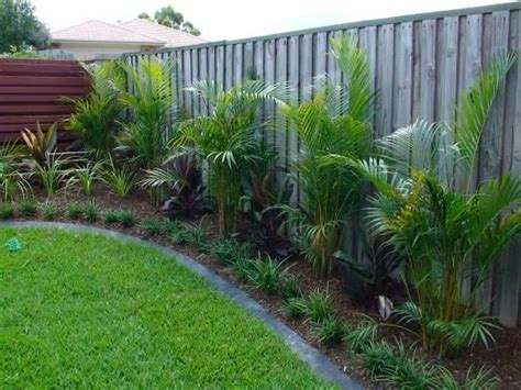 Tropical Backyard Gardens by 25 Best Ideas About Tropical Garden Design On Tropical Backyard Landscaping