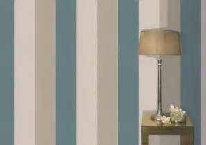 blue striped walls carta da parati a righe figaro graham brown carta da