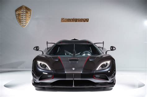 koenigsegg agera koenigsegg agera rsr debuts in limited to 3 units