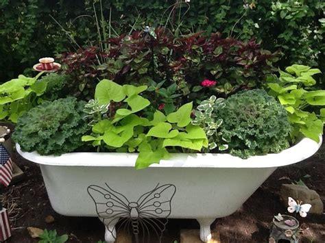bathtub gardens my garden bathtub yard garden ideas and plans pinterest