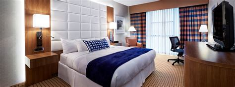 How To Get A Hotel Room For Free by Hotel Rooms Suites In Tx Radisson Hotel Rooms