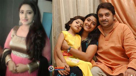 serial actress anandhi biography actress praveena family photos sun tv serial
