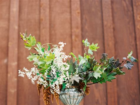 fall wedding flower ideas pictures foraged fall wedding flowers once wed