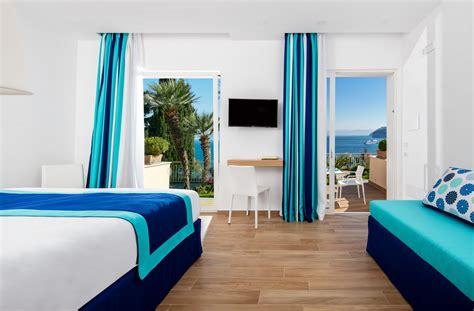 hotel sorrento con in elegante hotel 4 stelle con vista mare a sorrento hotel