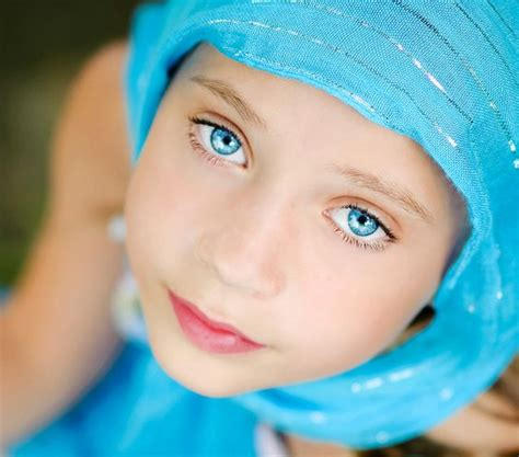 what color brings out blue blue eyed should wear the color blue to bring out