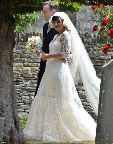 Lily Allen Wedding | lily allen pregnant reveals sam cooper as they get married