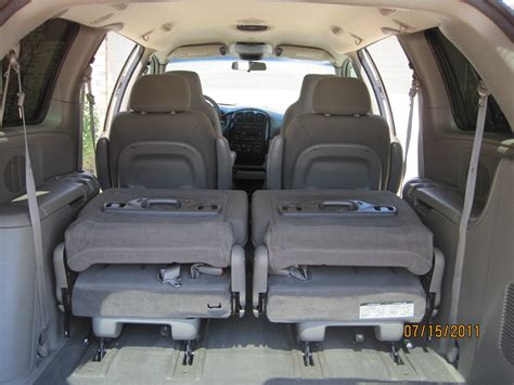 Town Interior by 2004 Chrysler Town And Country Interior Pictures To Pin On