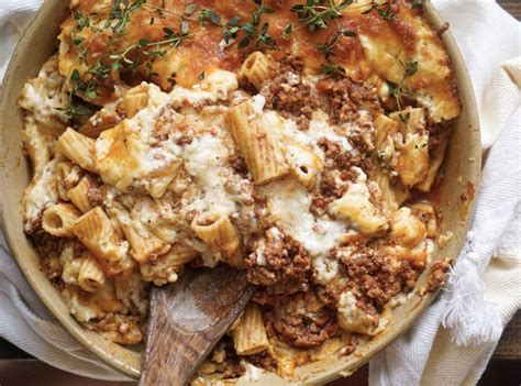 ina garten turkey lasagna 1 view more photos ina garten turkey lasagna video alainthebault com ina garten s coziest recipes purewow