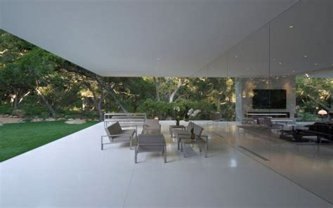 glass pavilion santa barbara the glass pavilion house by steve hermann thecoolist
