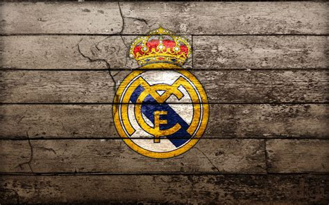 real madrid football game what is the meaning of real madrid logo