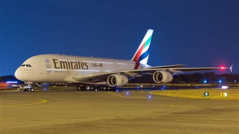 emirates hyderabad emirates airline having problems with the new a380 engines