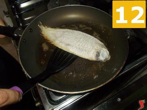 cucinare sogliola sogliola alla mugnaia pesci di mare ricetta sogliola