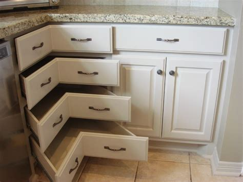 What To Do With Corner Kitchen Cabinets by Best Kitchen Corner Pantry Cabinet Cabinets Units Unit 25