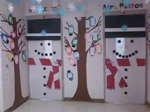 1000 ideas about snowman door on door hangers