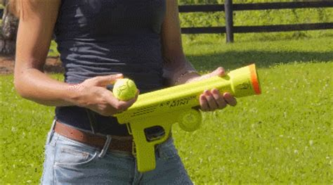 k9 kannon shoots tennis balls 75 feet slash pets
