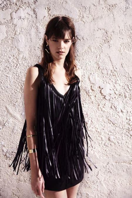 Vestido Con Bolsas Reciclables Imagenes De Vestidos Con