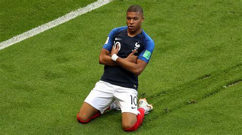 kylian mbappe imagines france world cup win superstar mbappe sends messi