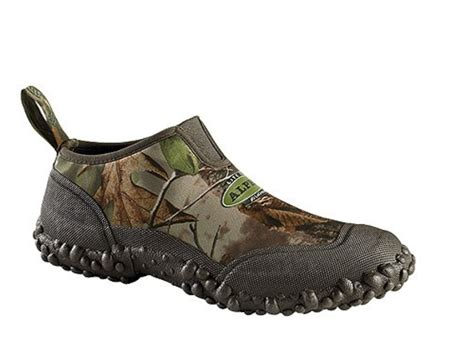 realtree mens slippers lacrosse alpha lite slip on 3 waterproof uninsulated mpn