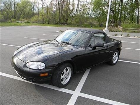 mazda convertible black buy used black convertible mazda miata in pewaukee