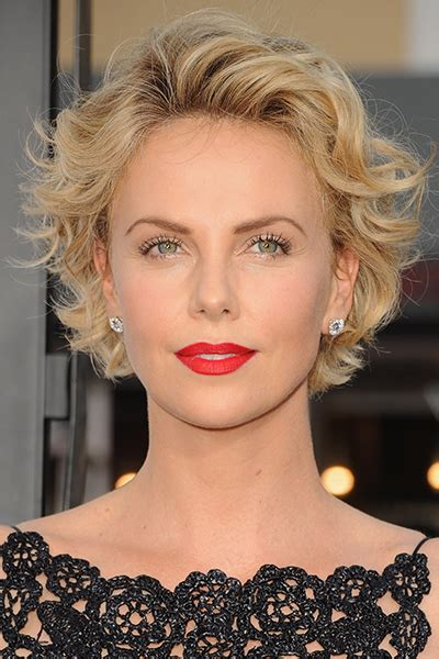 How To Stye Short Off The Face Styles For Haircuts | celebrity hair short style charlize theron short blonde
