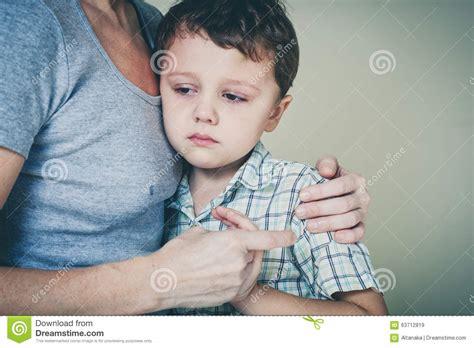 se masturba viendo asu mama mama se masturba viendo a su hija dormida hijo ae coge a