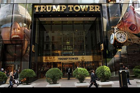 trumps home in trump tower trump tower protest monday calling all veterans
