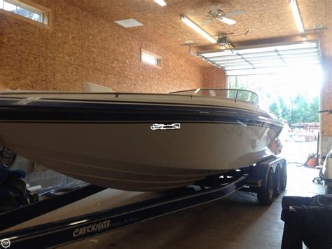 checkmate mid cabin boats for sale 2001 checkmate 270 convincor mid cabin power boat for sale