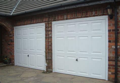 4326 New Mills Carrington Doors Overhead Door Beaumont